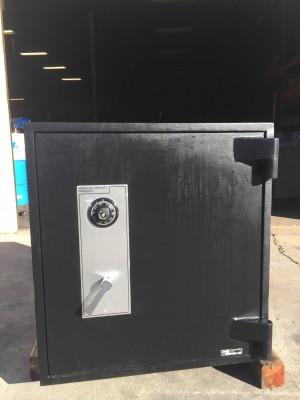 TL-30 commercial safe